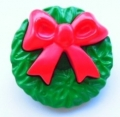 Novelty Button Christmas Holly Wreath 28mm