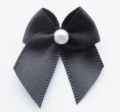 100 Ribbon Bows With Pearl 10mm Black