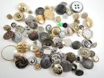 100 Mix Assorted Gold and Silver Sewing Buttons Craft Buttons